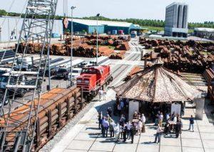 Solines in Moerdijk opent nieuw, eigen spooremplacement voor vervoer van buizen en staal
