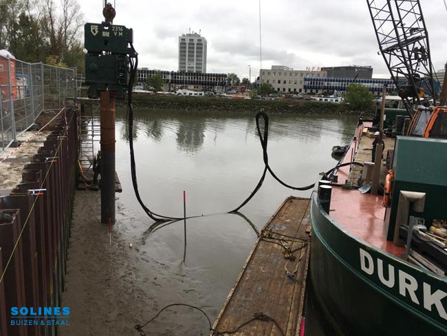 Buispalen 610mm voor eerste Maaspoint in Rotterdam